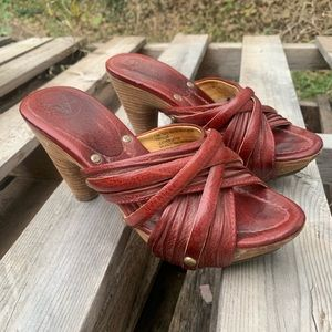 Frye Reese Multi Slide in Burnt Red